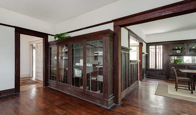2411 W Sunset Built-ins