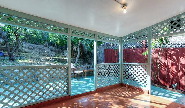2033 Echo Park Porch 2
